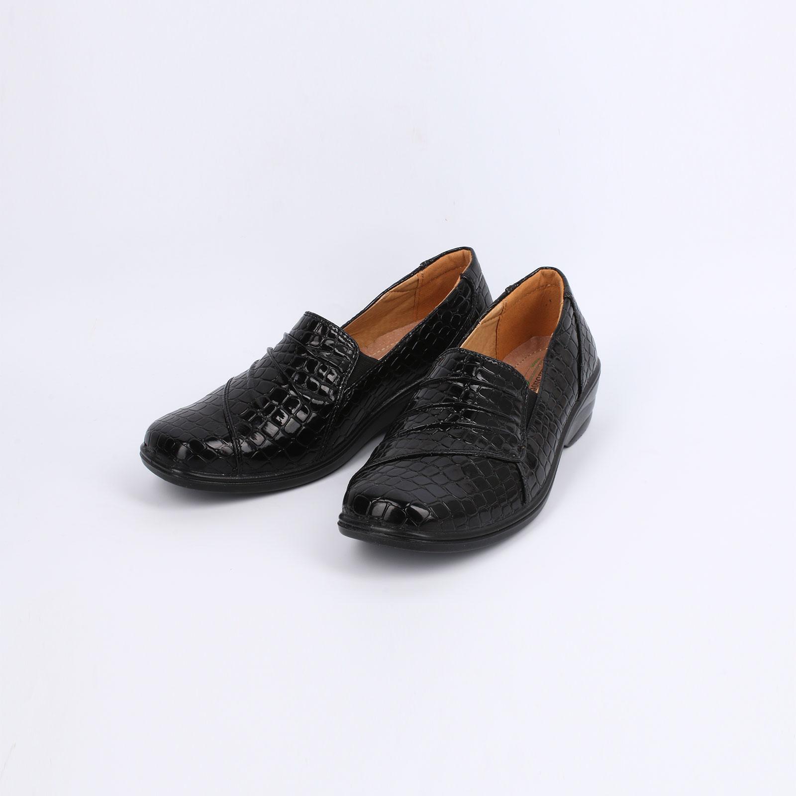 Туфли женские c тиcнением под рептилию