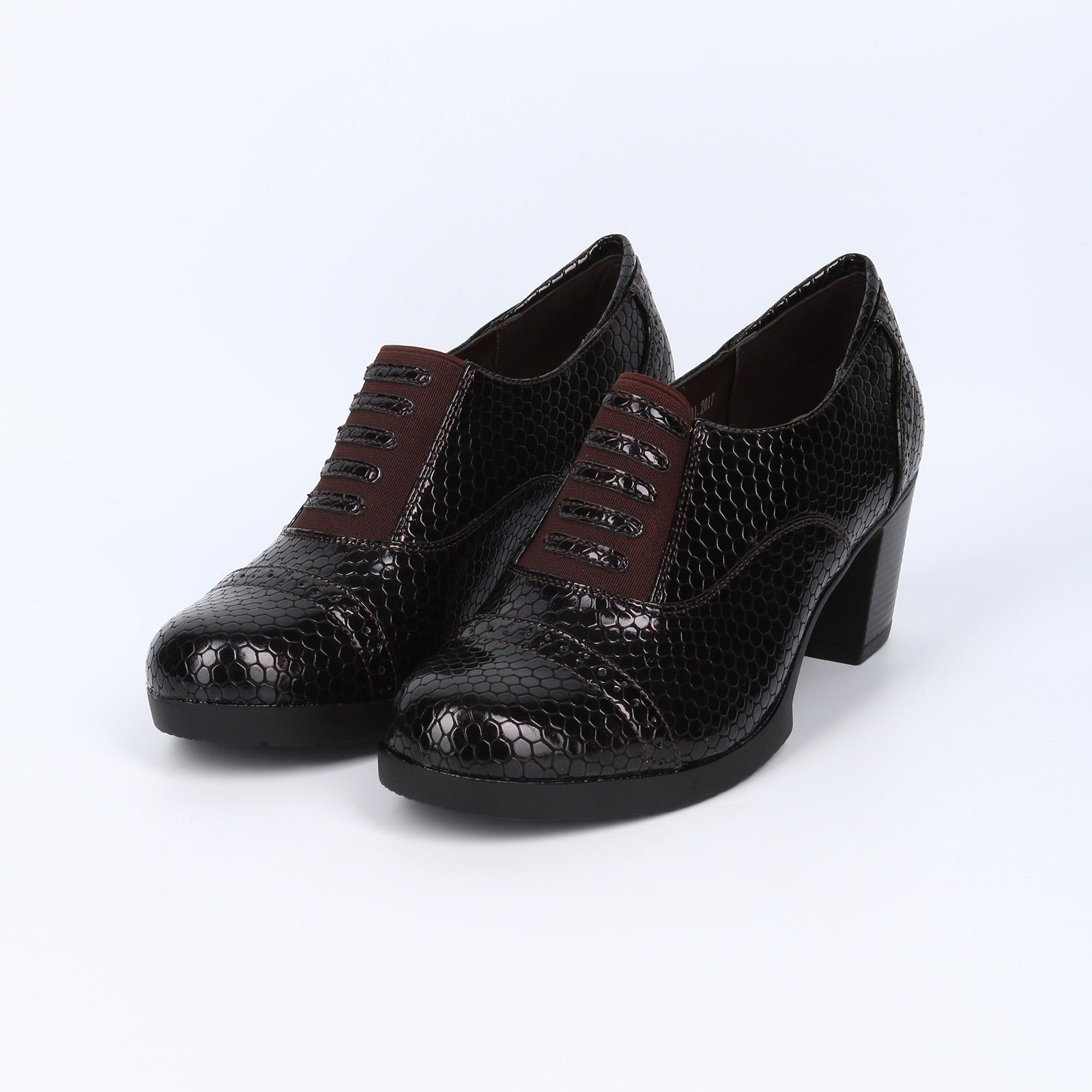 Туфли со вставкой и тиснением под рептилию
