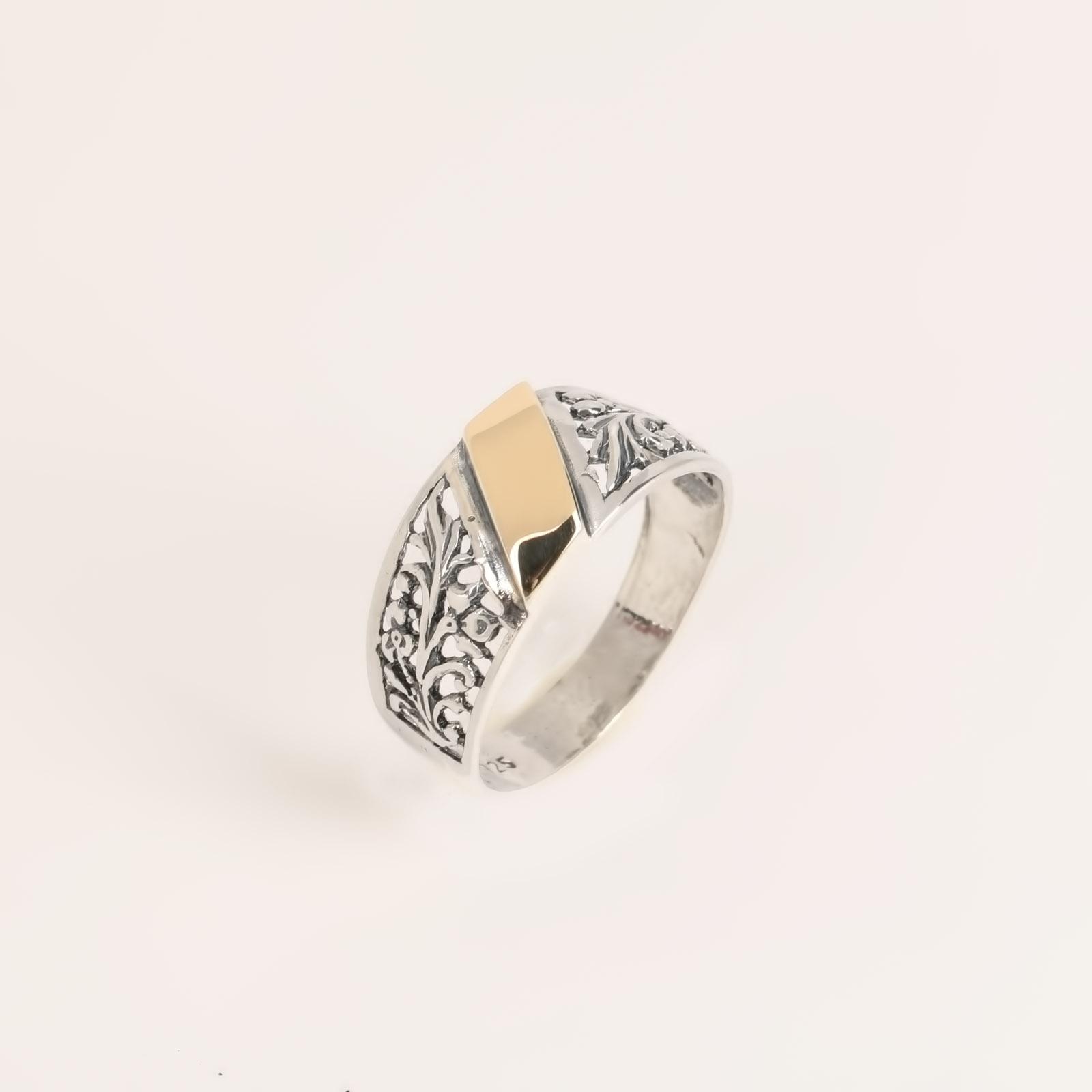 Серебряное кольцо «Вершина творения»