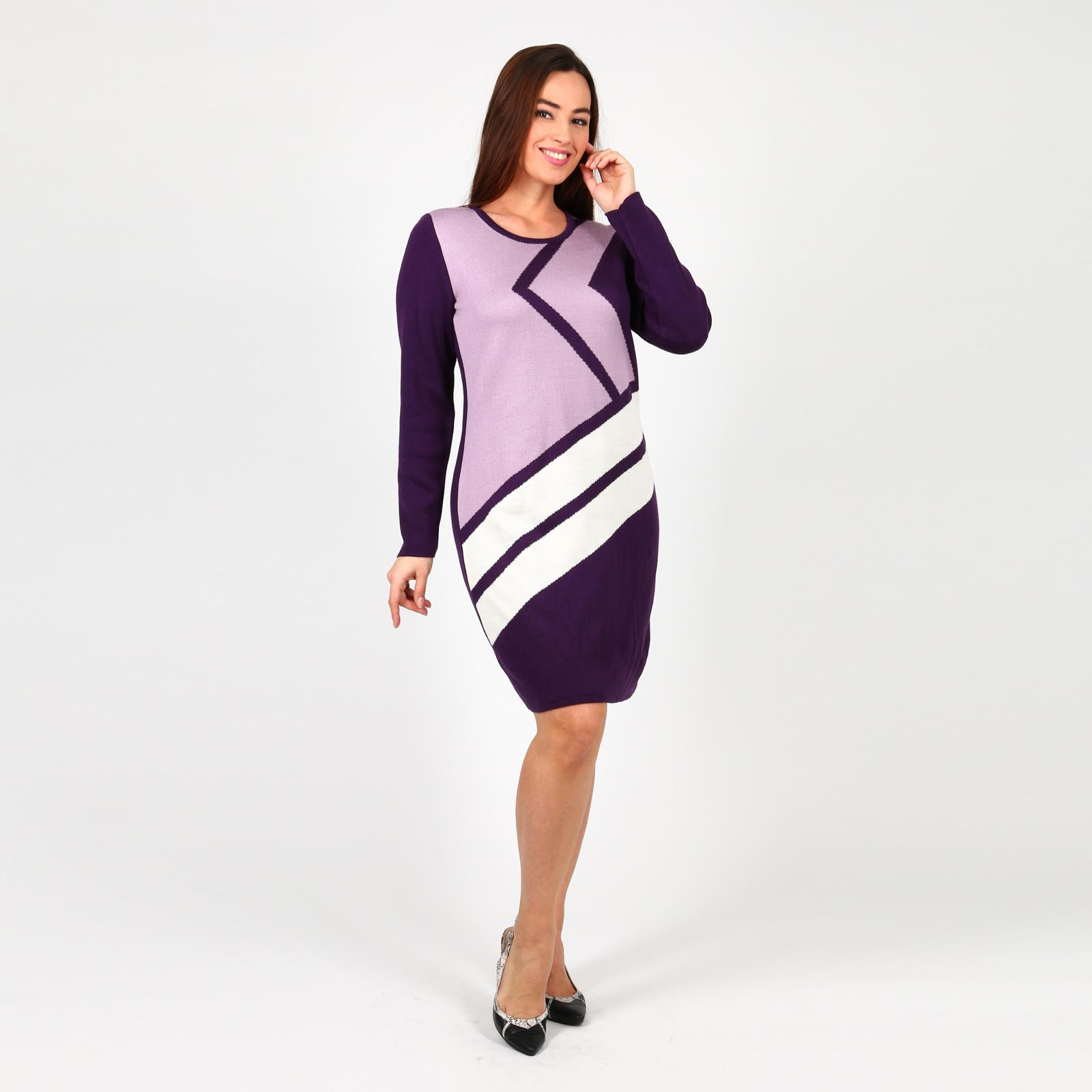 Платье с геометрическим рисунком