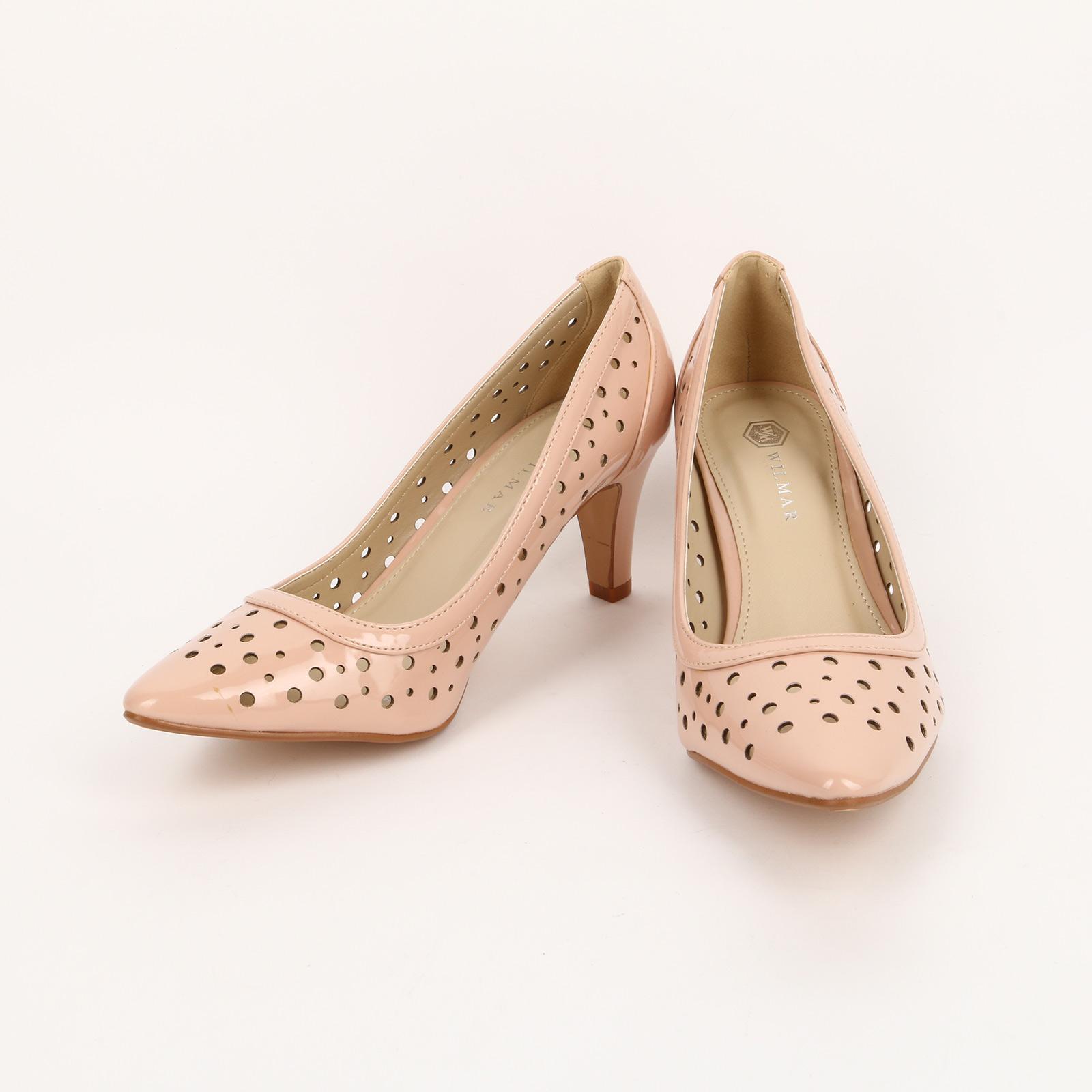 Туфли лакированные с перфорацией