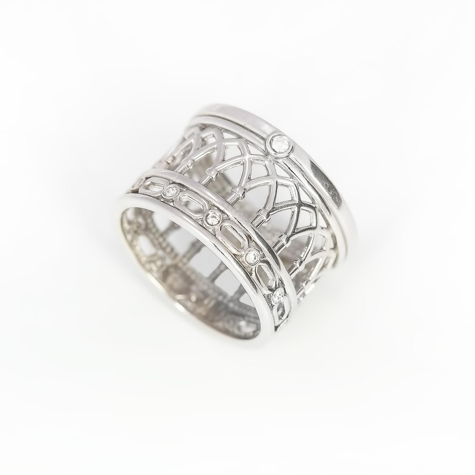 Серебряное кольцо «Вечная ценность»