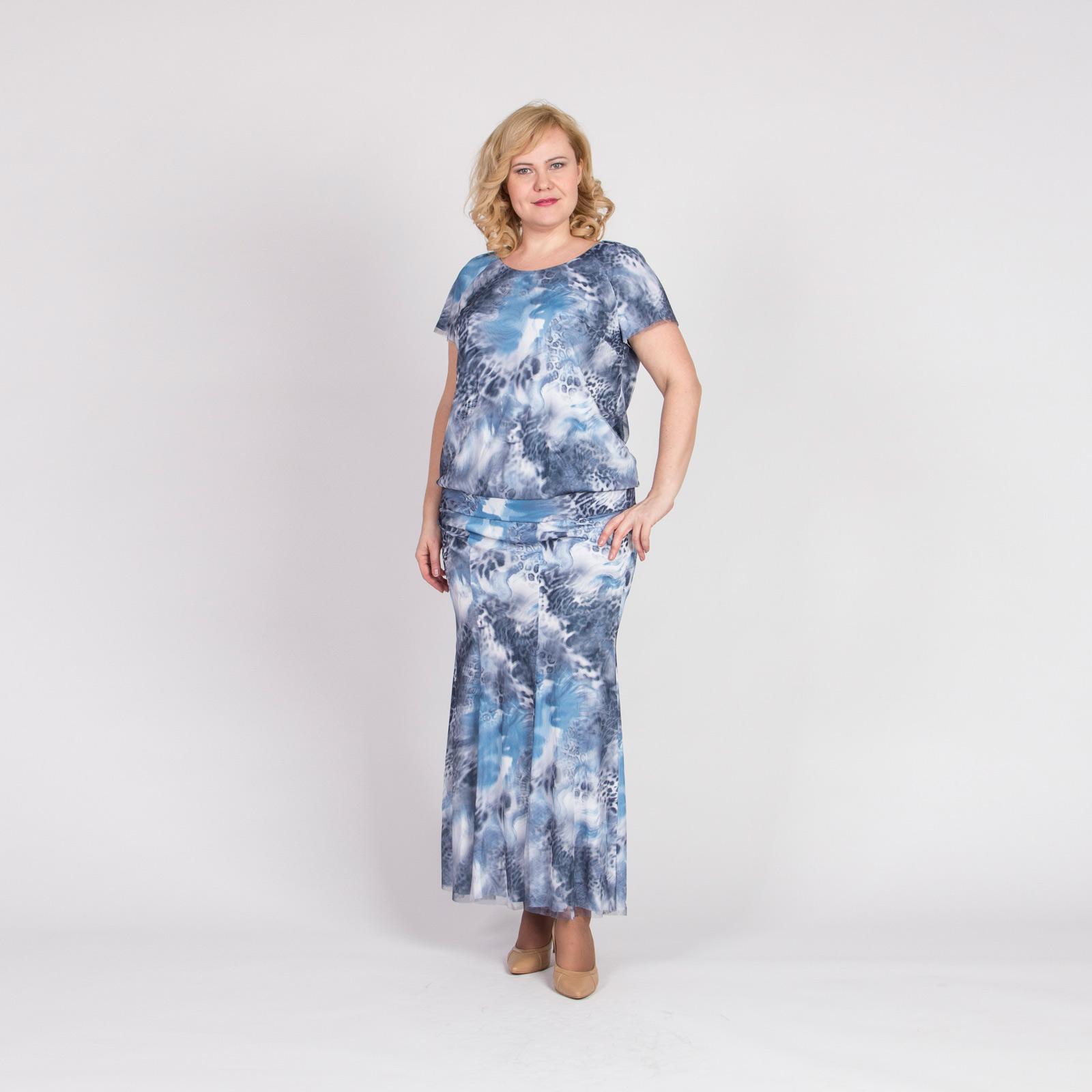 Комплект: юбка и блуза с ярким принтом