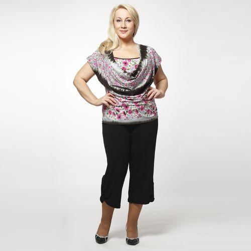 Комплект: Блуза с цветочным принтом и капри