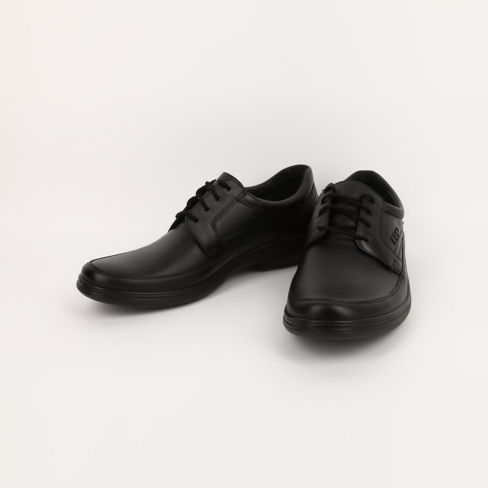 Кoжaные мужские ботинки на шнуровке