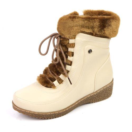 Зимние женские ботинки на удобной подошве