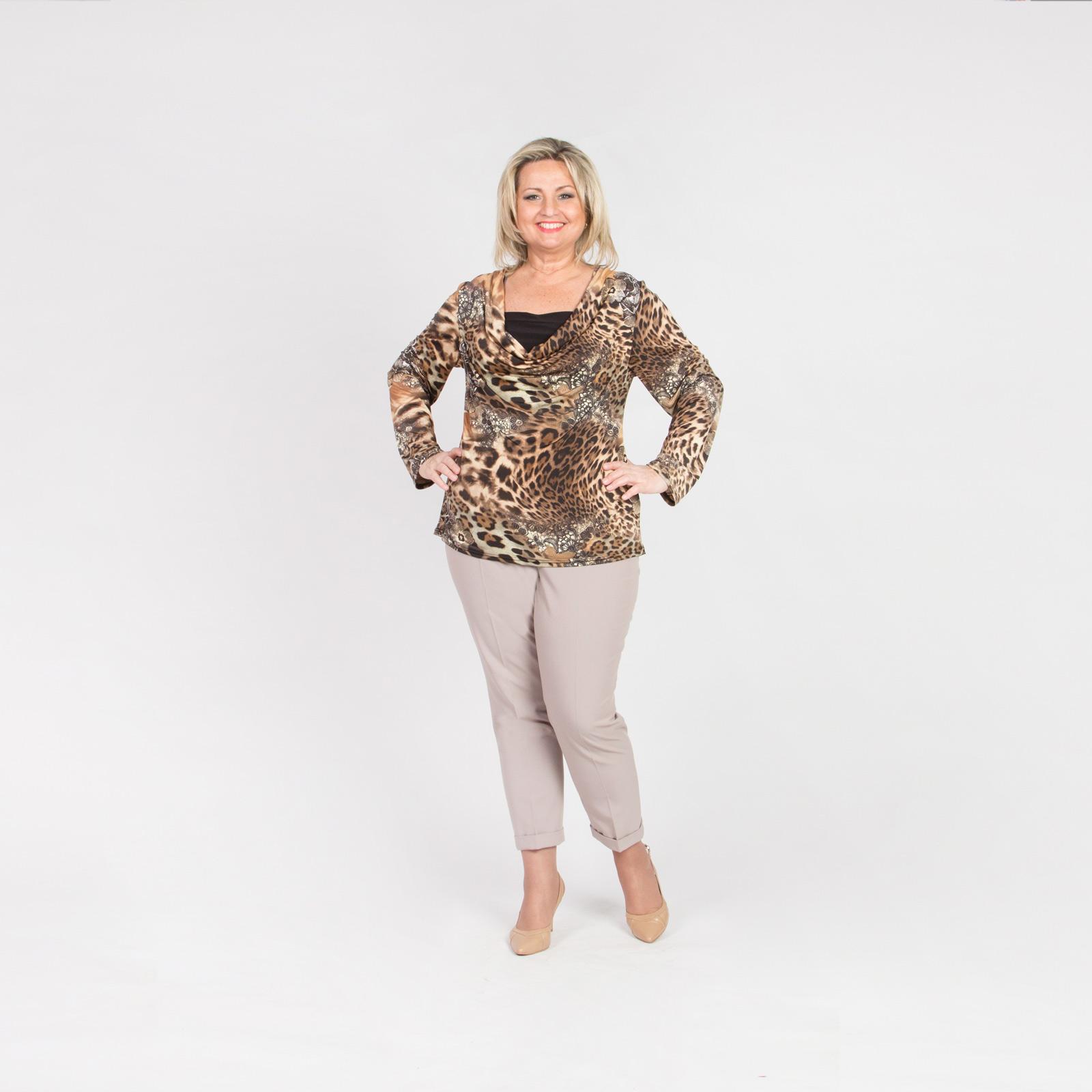 Блуза с хищным принтом и воротником «Качели»