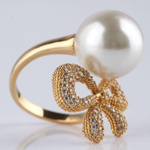 Кольцо «Жемчужный бантик»