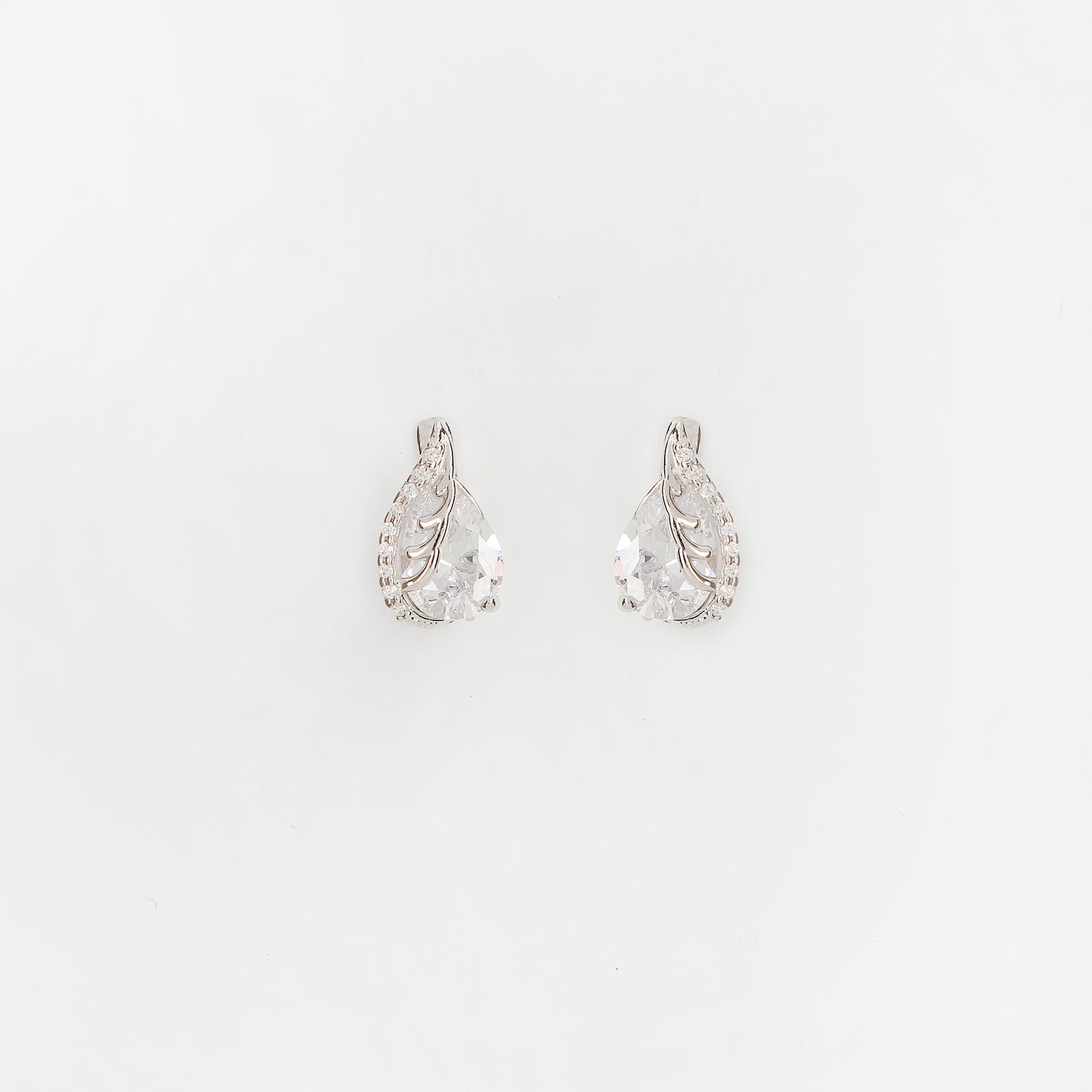 Серебряные серьги «Хрустальная капля»