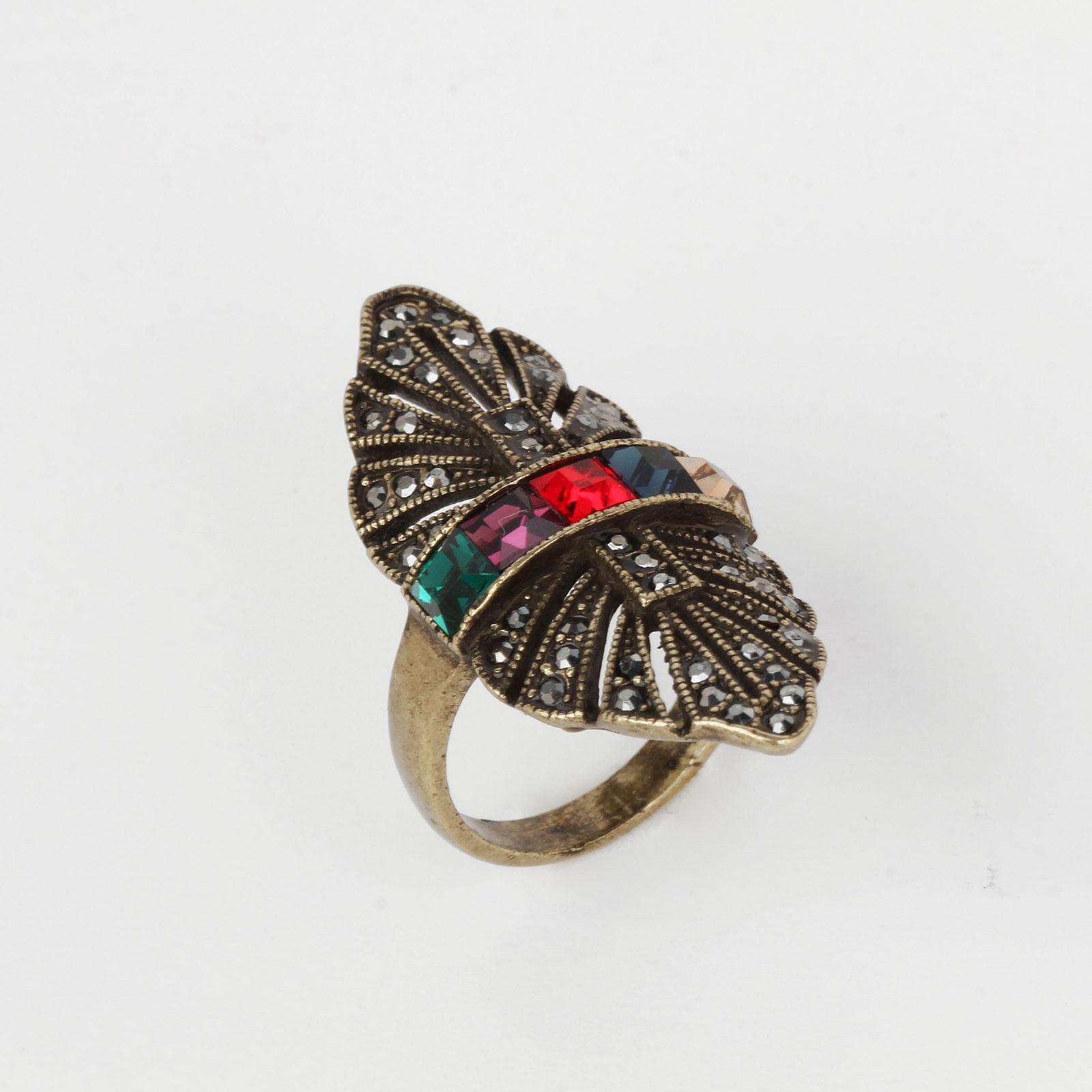 Кольцо «Королевский шарм»