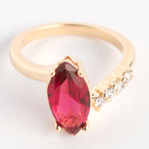 Кольцо «Рубиновая леди»