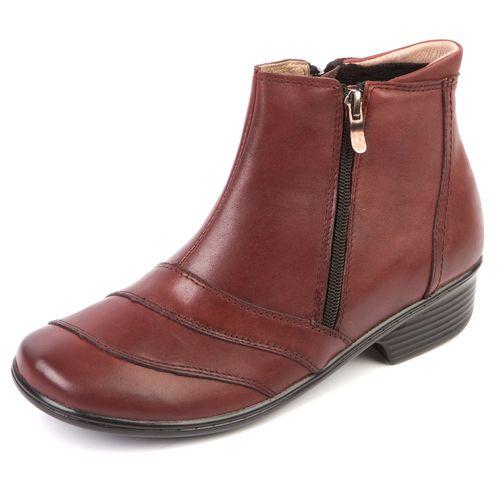 Женские ботинки с декорированным мысом