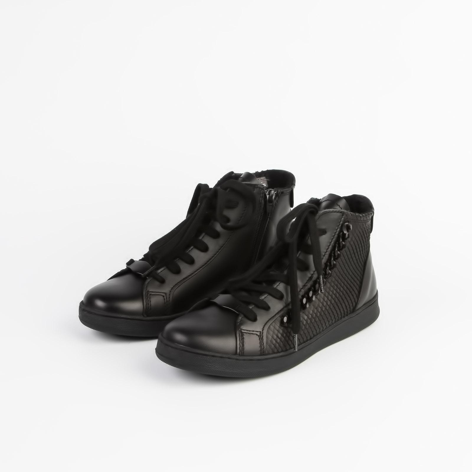 Ботинки женские с цепочкой