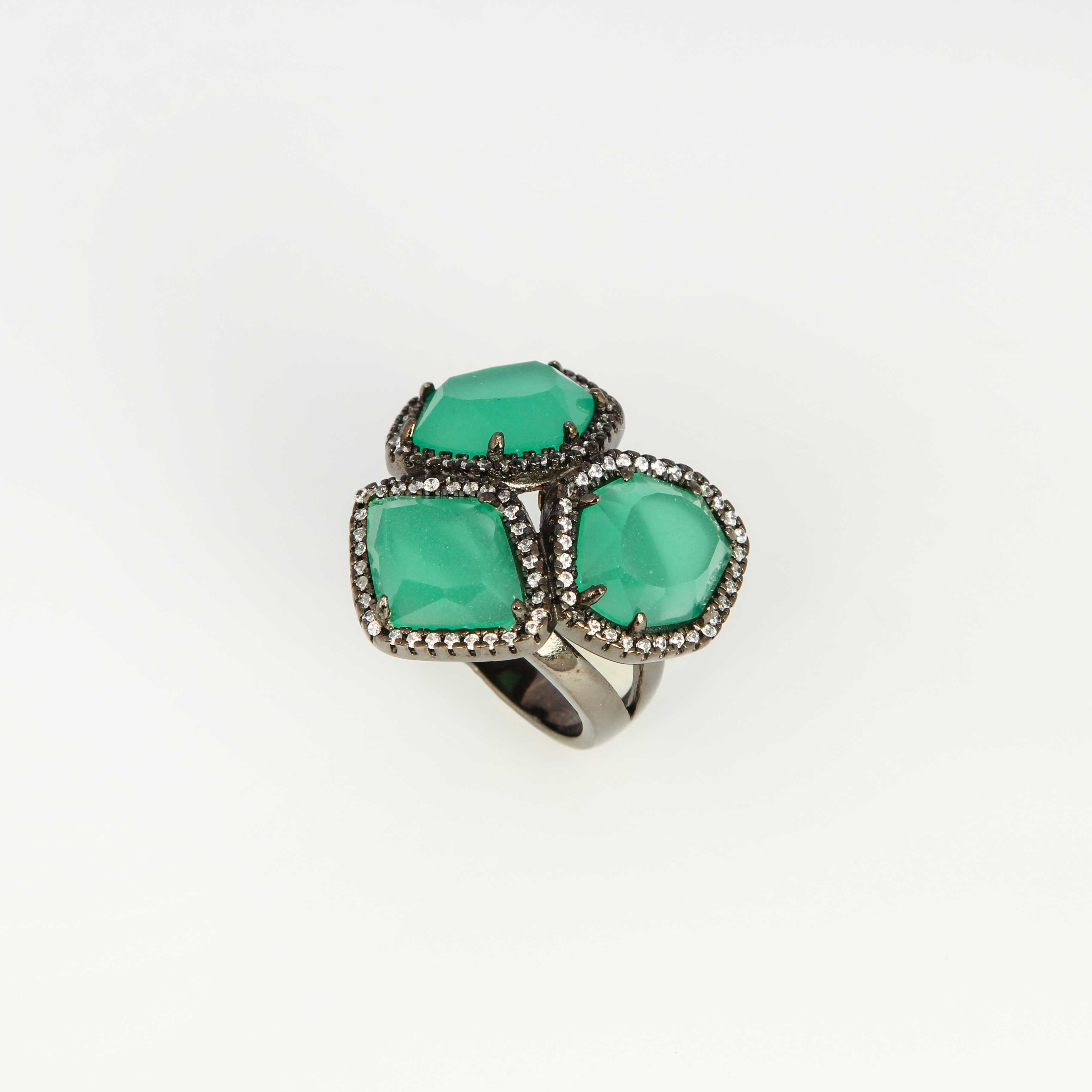 Серебряное кольцо «Сказочный кристалл»