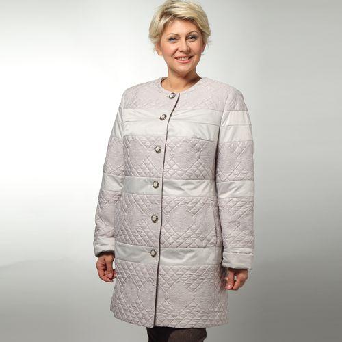 Пальто женское укороченное из стеганой ткани на пуговицах