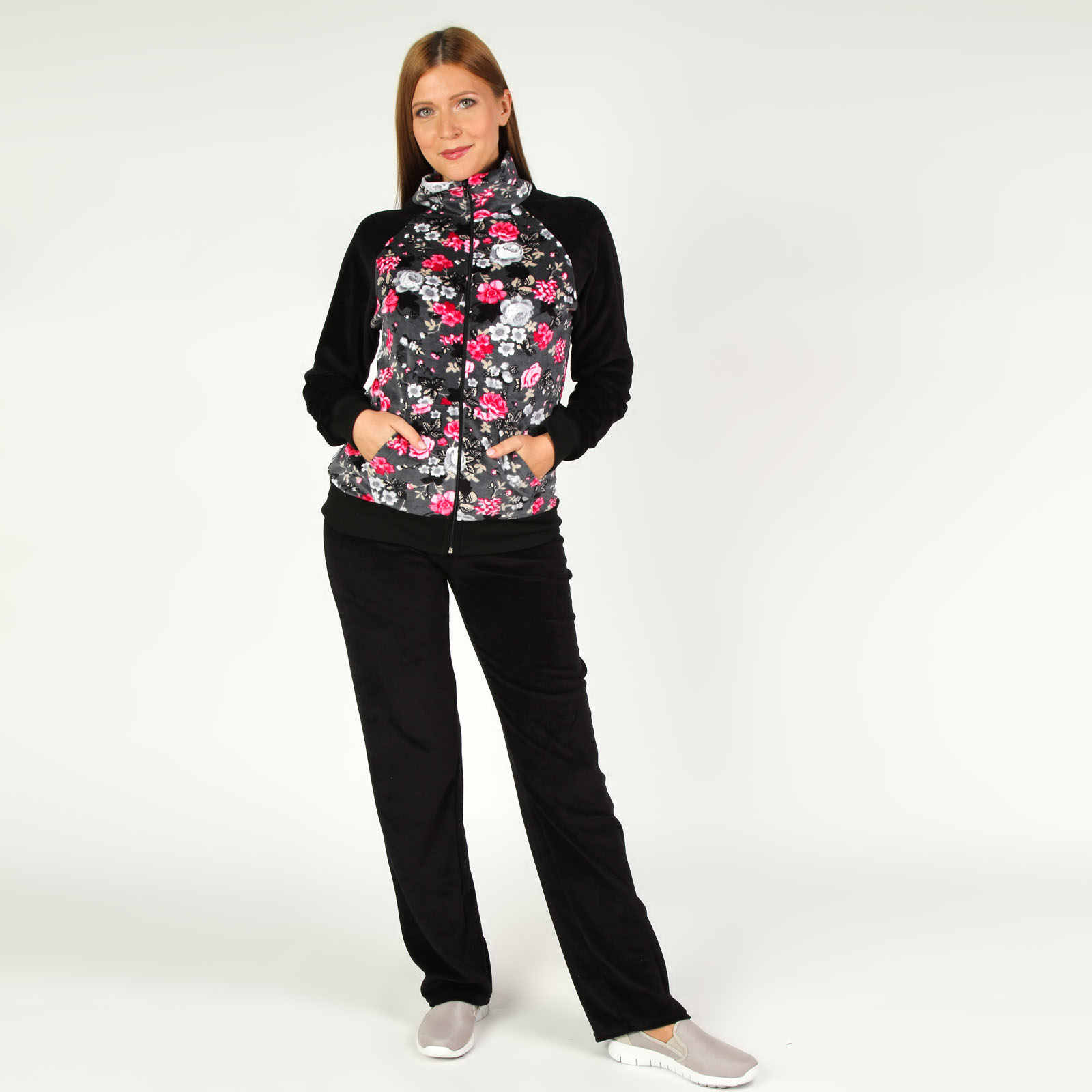 Костюм: куртка на молнии и брюки