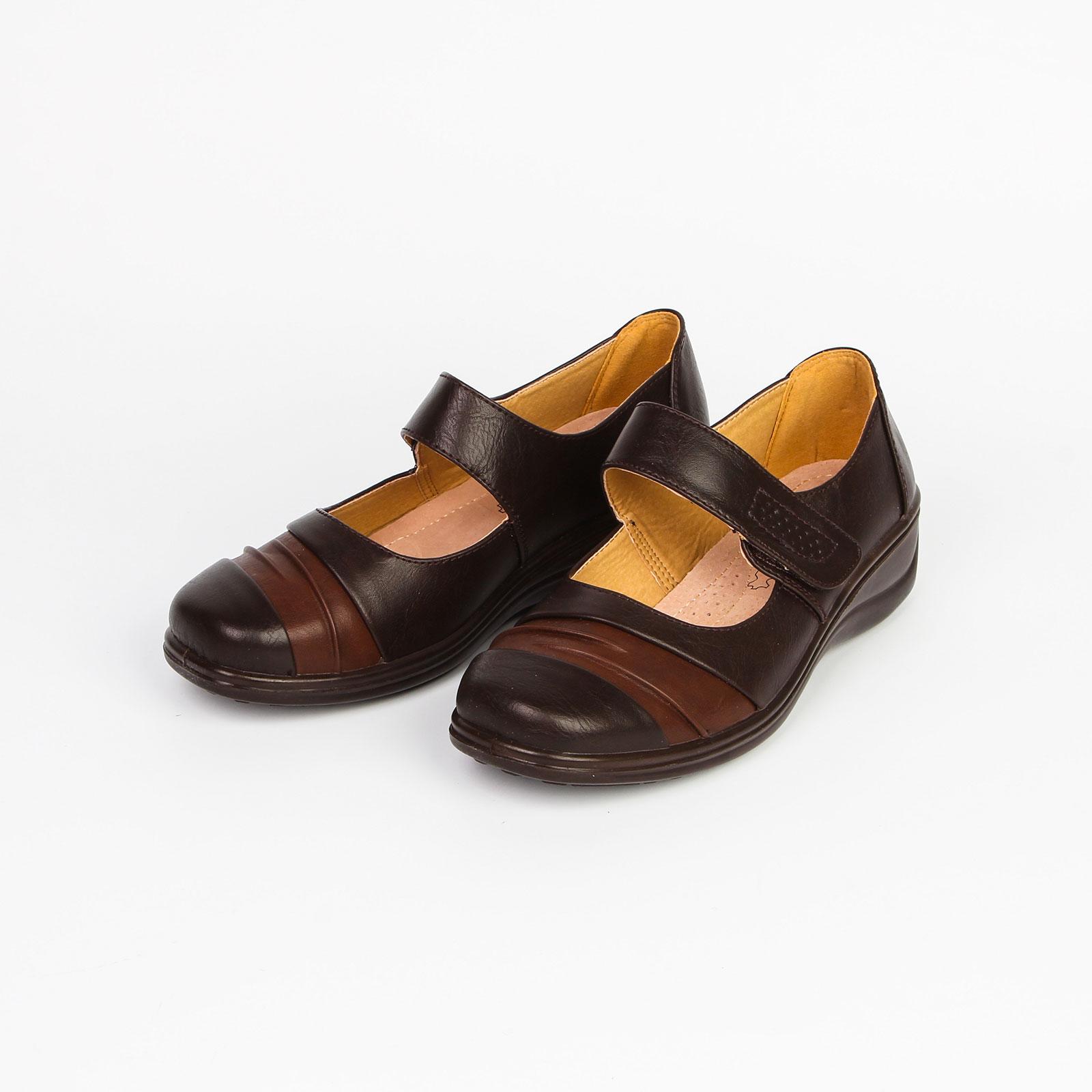 Туфли женские на рифленой подошве и ремешке на липучке