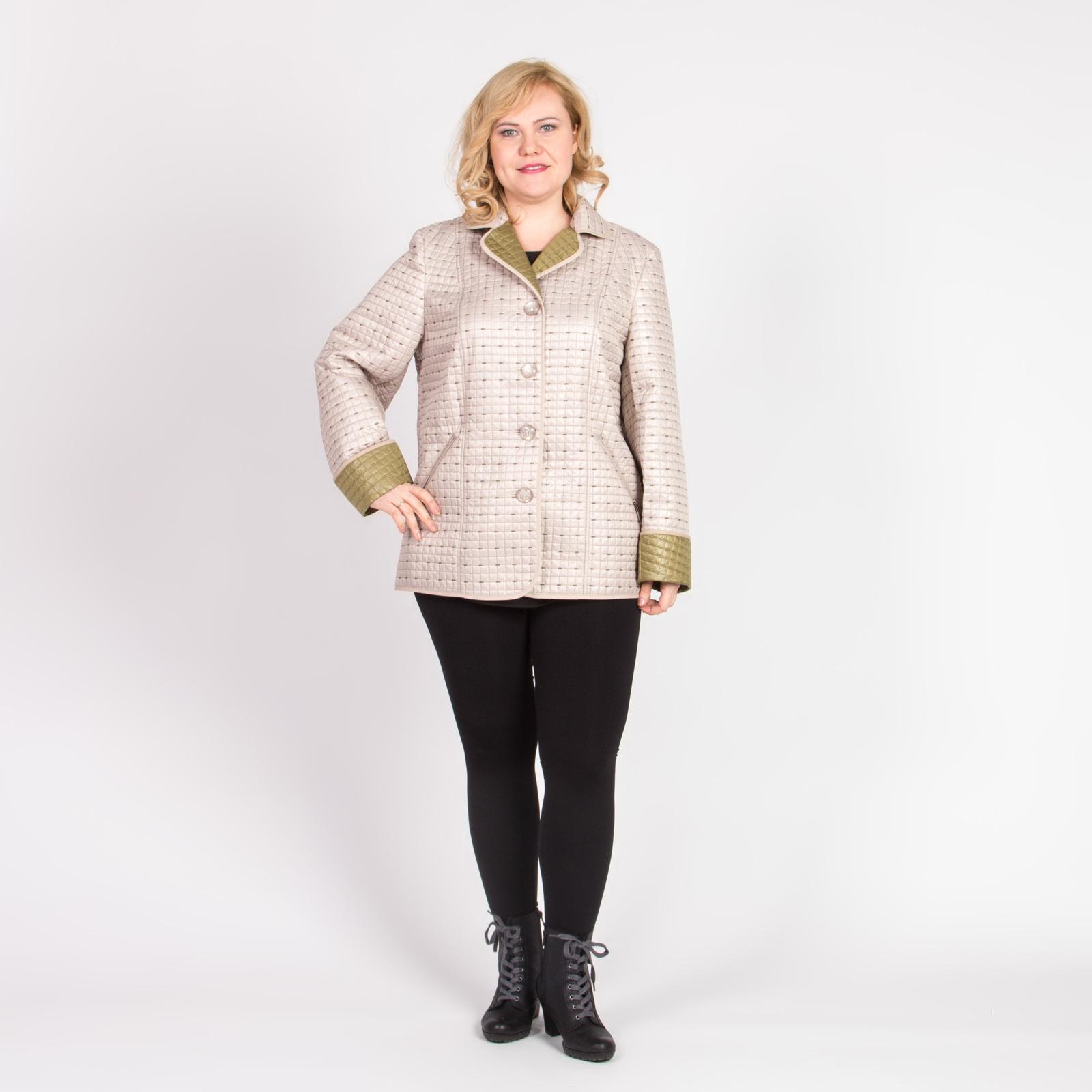 Куртка из стеганой ткани с английским воротником