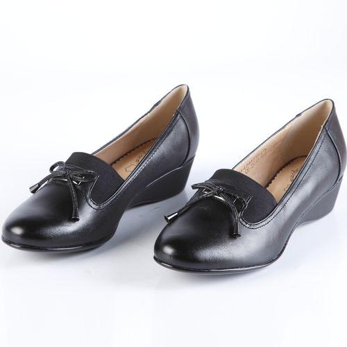 Туфли женские с широкой эластичной вставкой