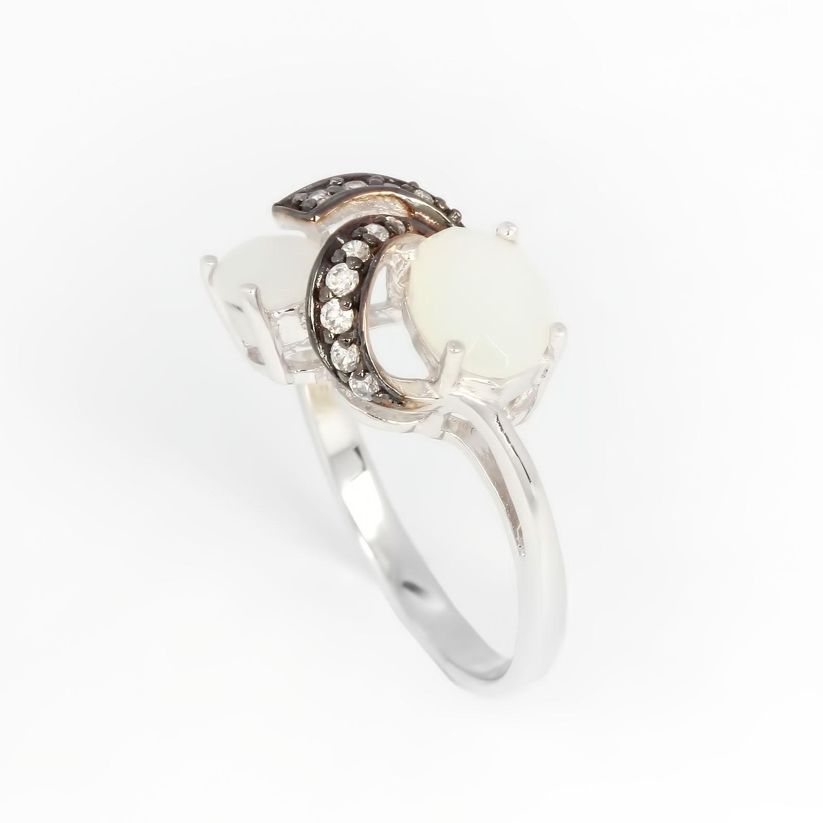 Серебряное кольцо «Млечная мечта»