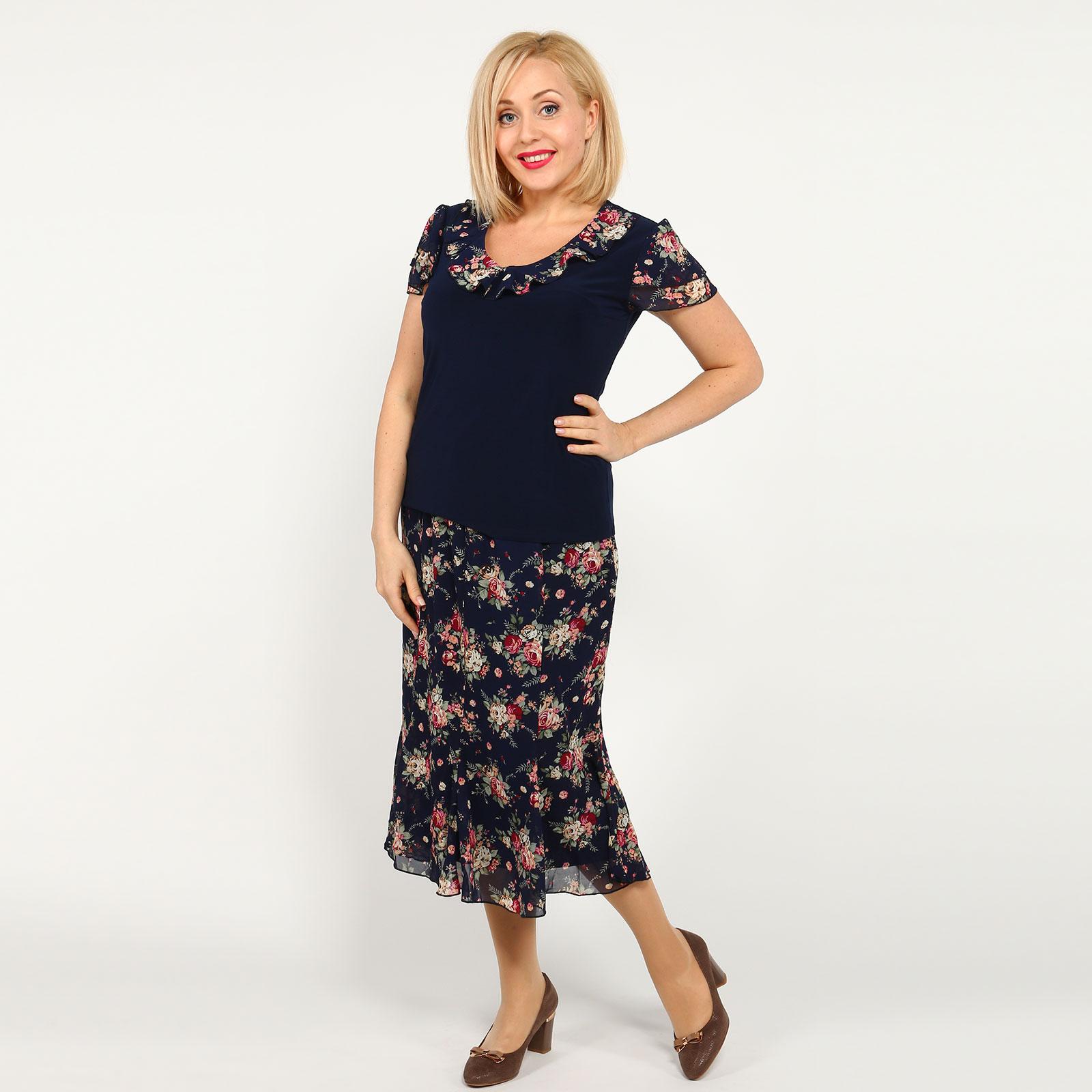 Костюм: блуза и юбка с принтом