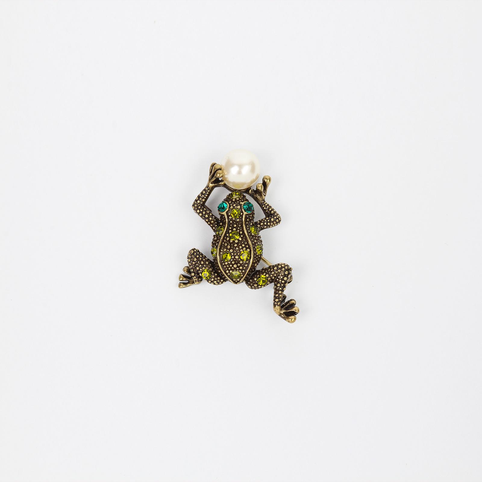 Брошь «Лягушка»