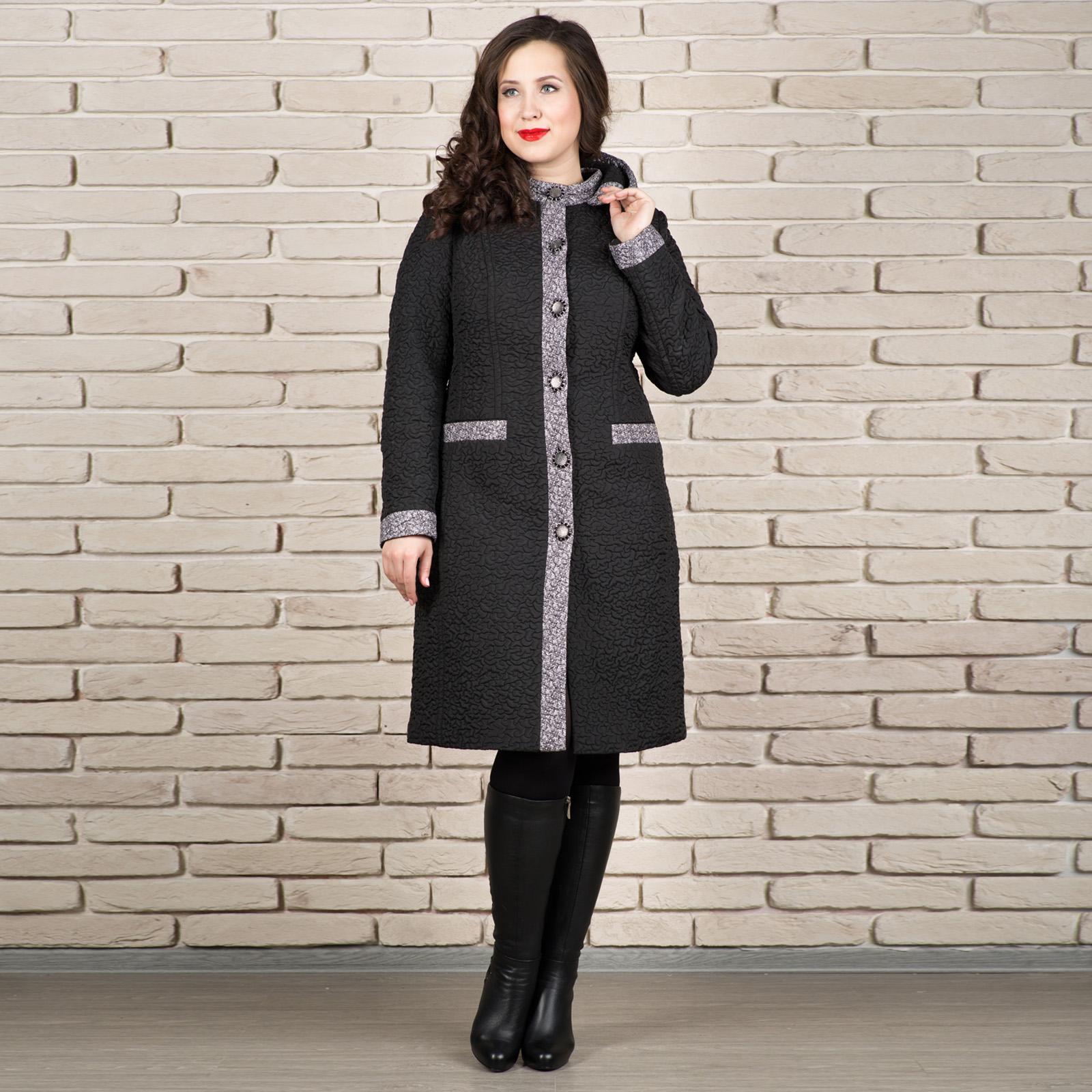 Пальто стеганое с контрастными вставками