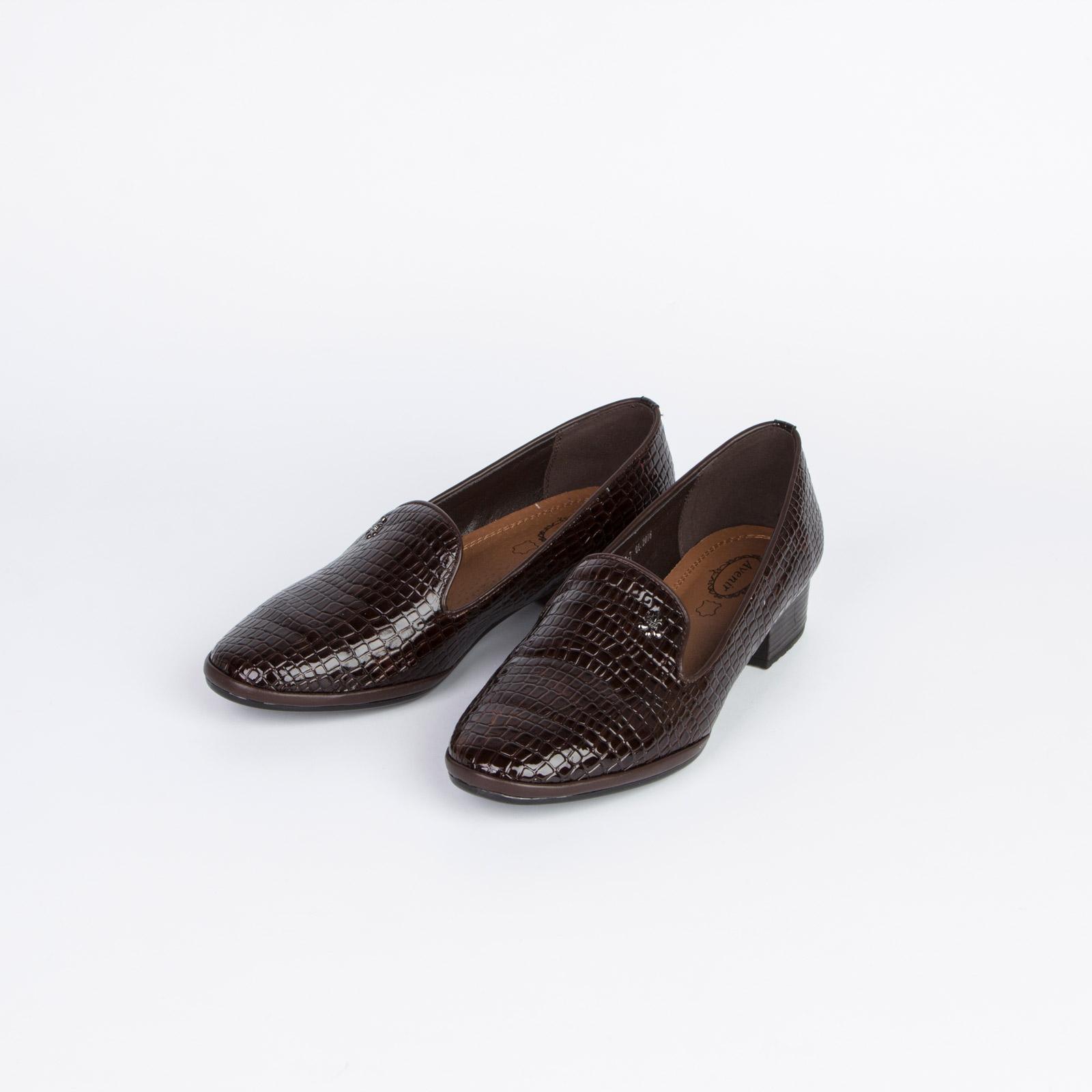 Туфли женские с тиснением под рептилию на широком каблуке