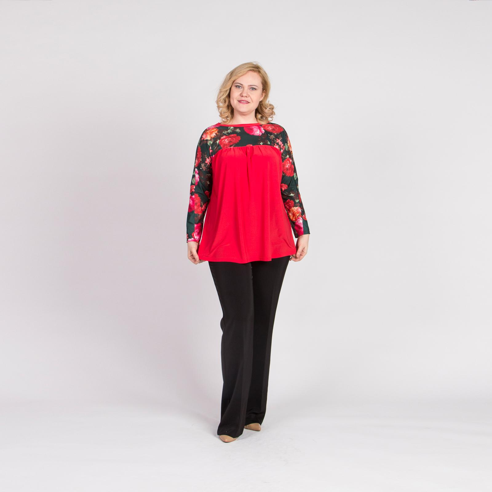 Блуза свободного кроя с цветочными вставками