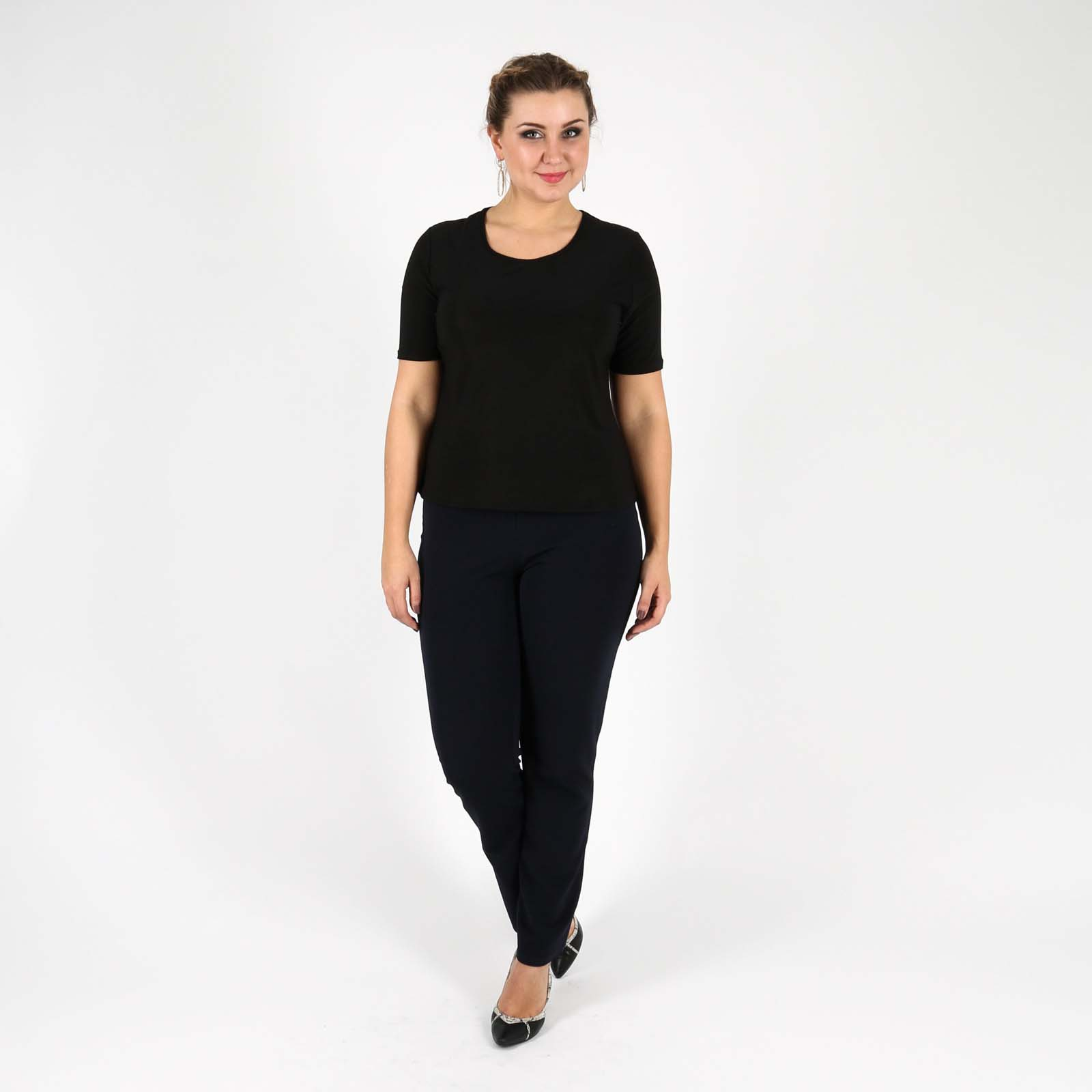 Блуза с округлым вырезом и коротким рукавом