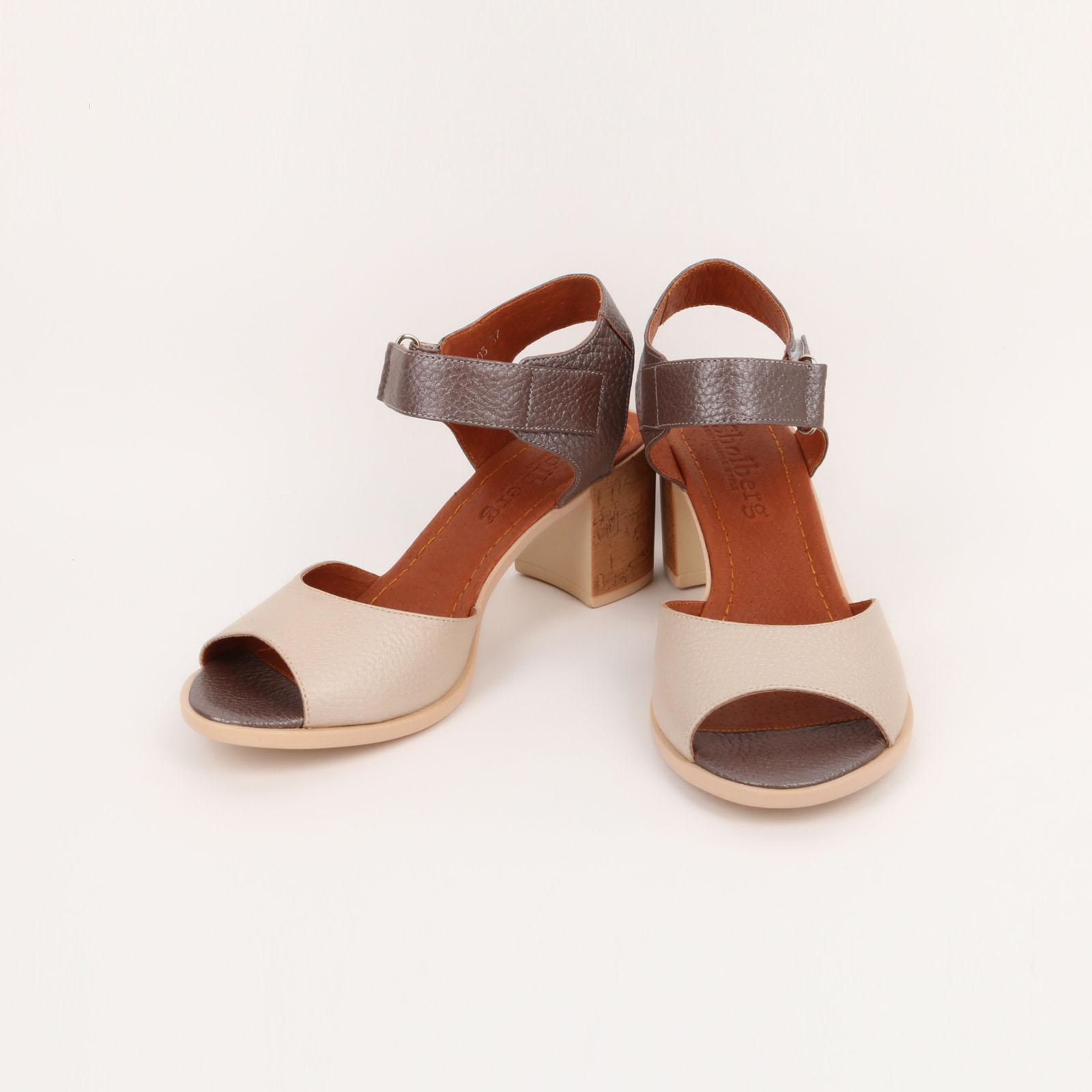 Босоножки женские с застежкой на ремешке обувь shoiberg