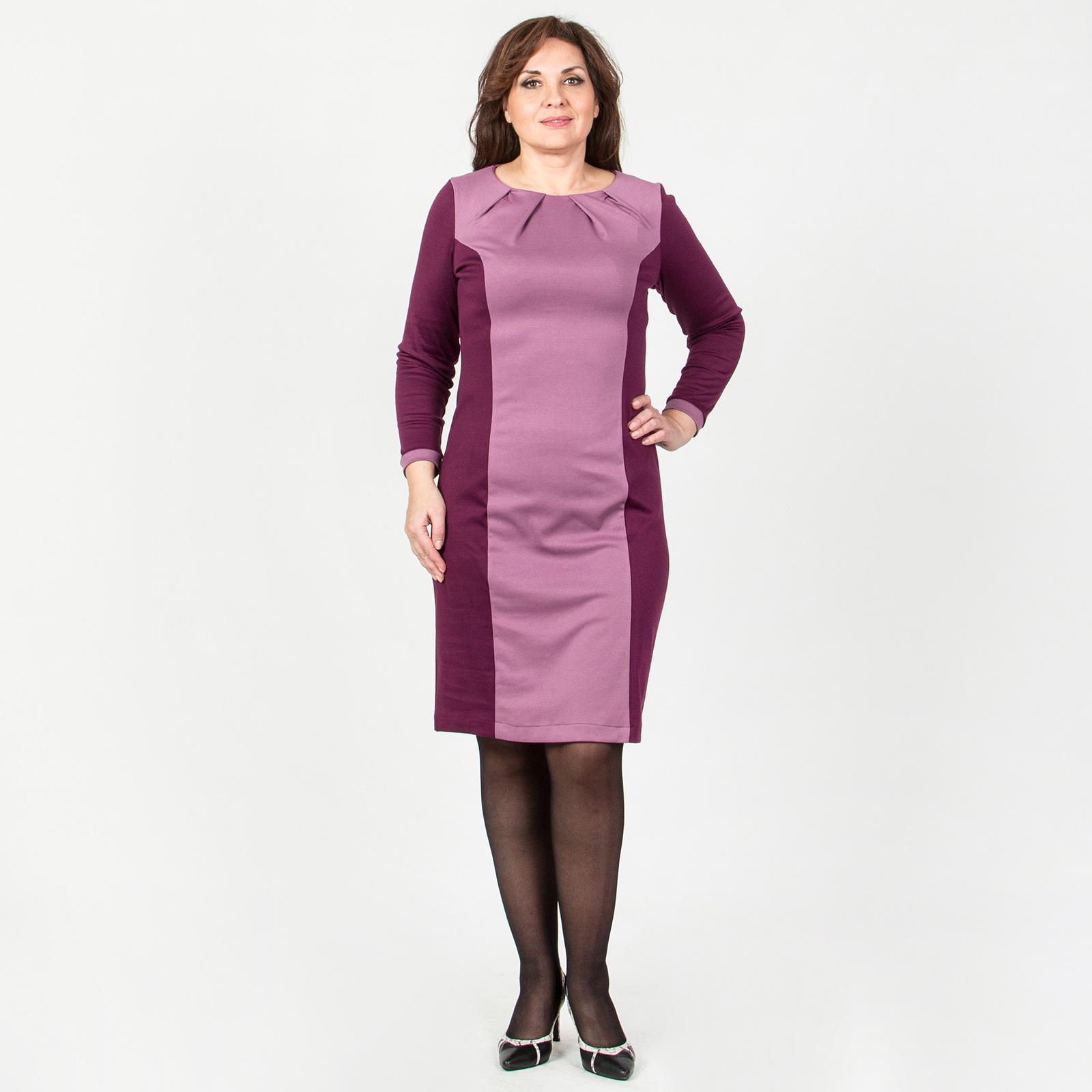 Платье прямого кроя с защипами на груди