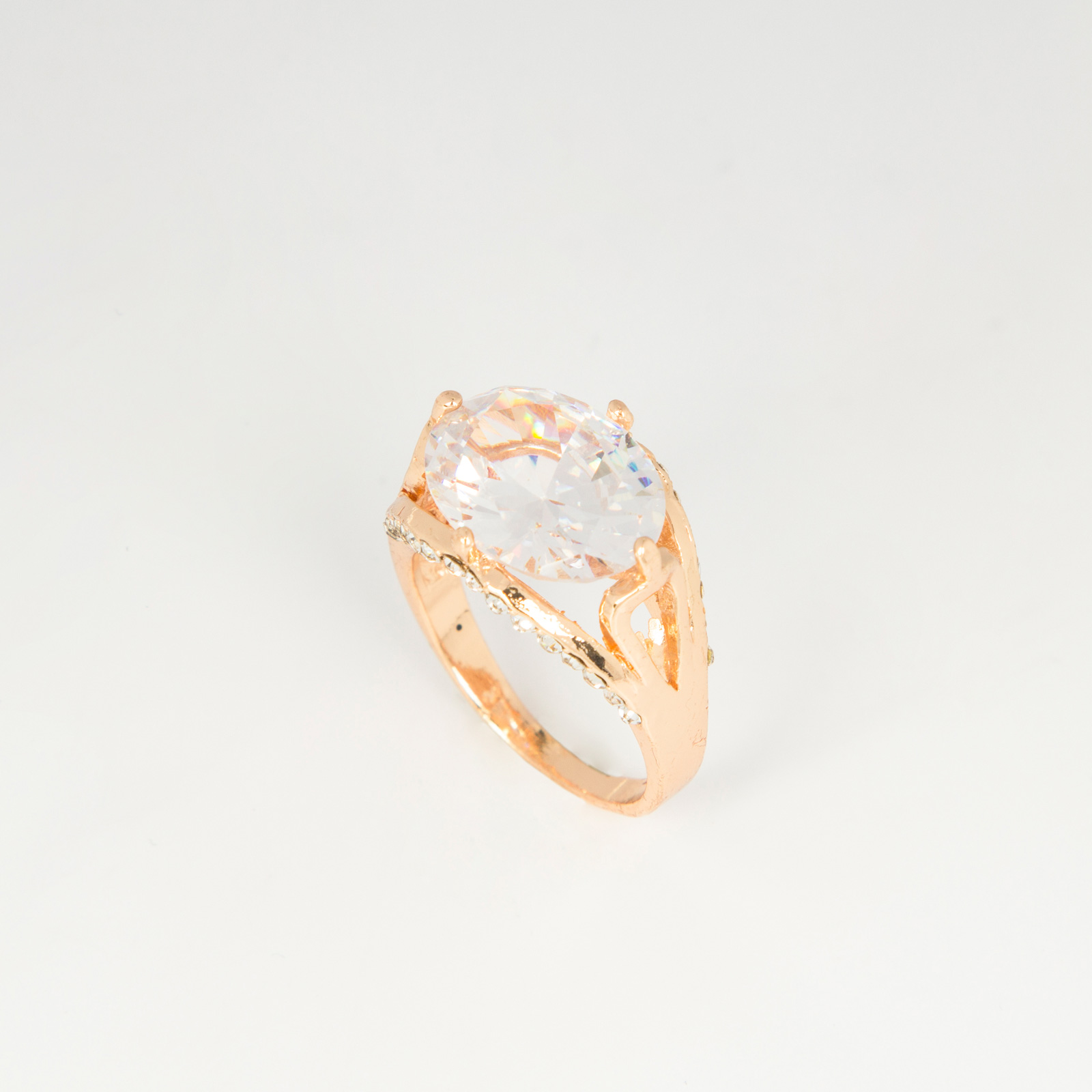 Продажа бриллиантов в москве цена