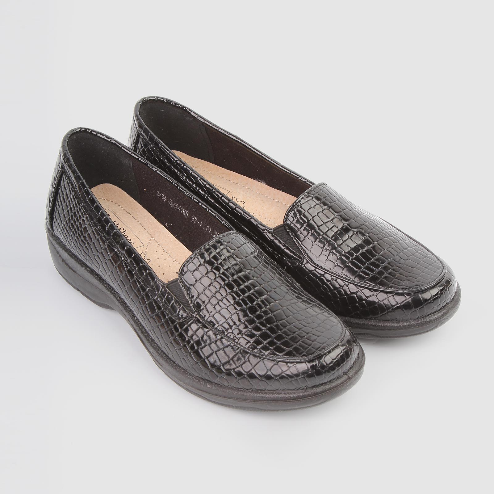 Туфли женские с тиснением под «рептилию»