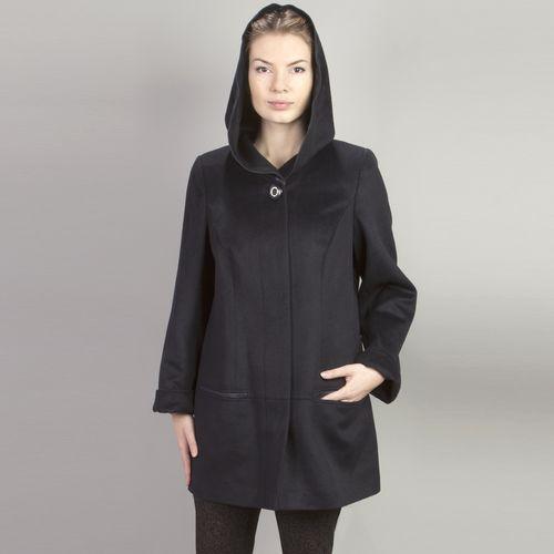Пальто велюровое расклешенного силуэта