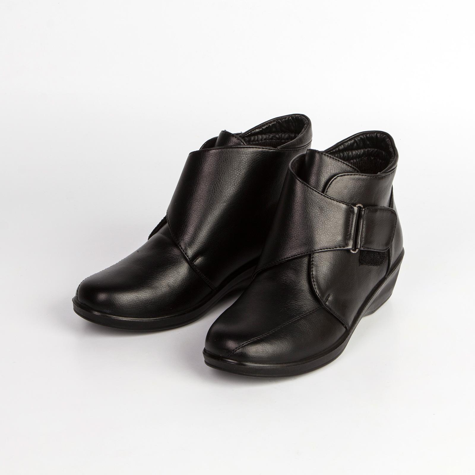 Ботинки женские с ремешком на липучке