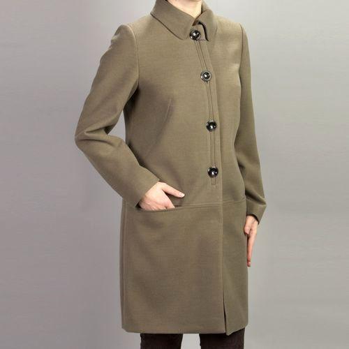 Пальто женское не утепленное на пуговицах