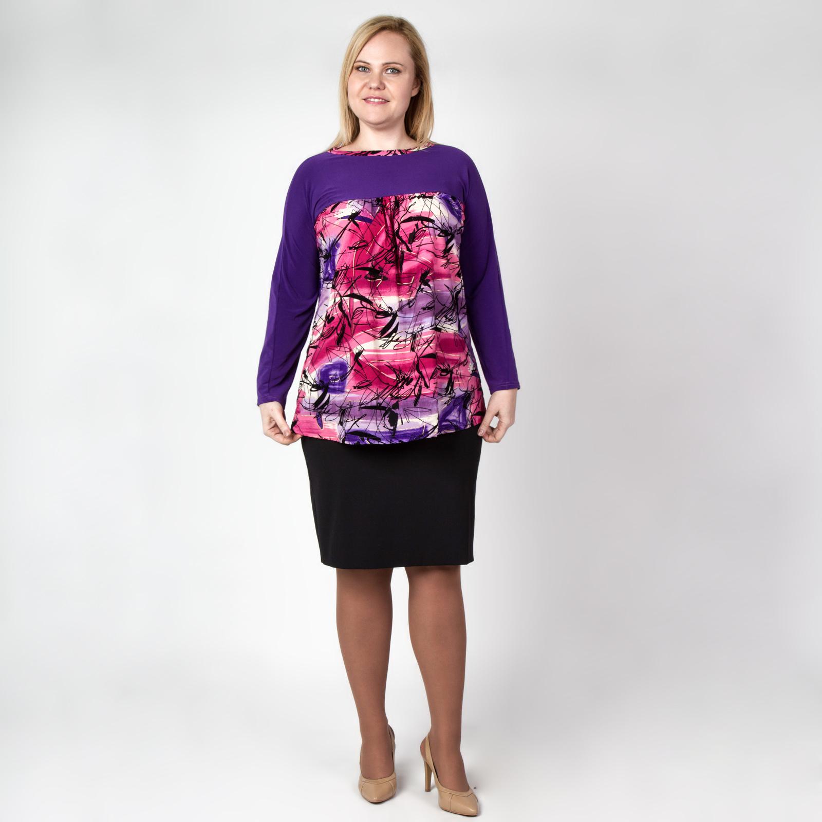 Блуза свободного кроя с ярким принтом