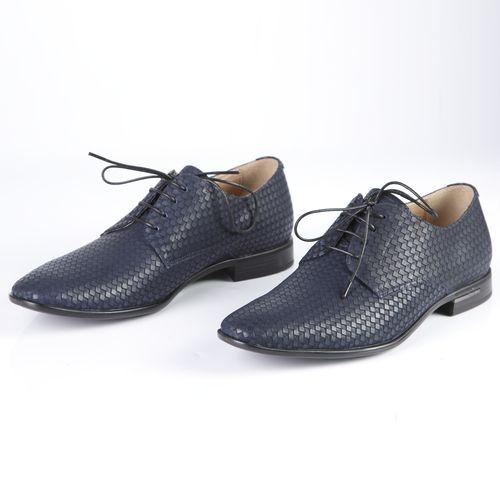 Мужские туфли с тиснением на шнуровке