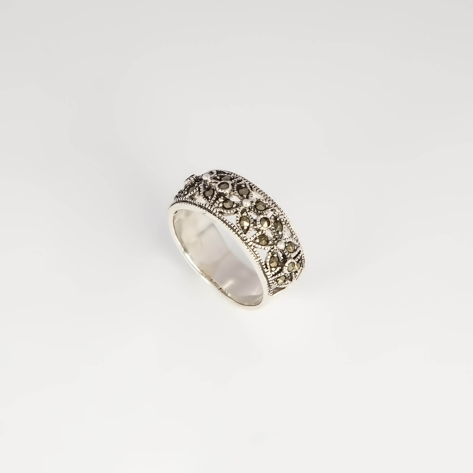 Кольцо «Стиль Грейс»