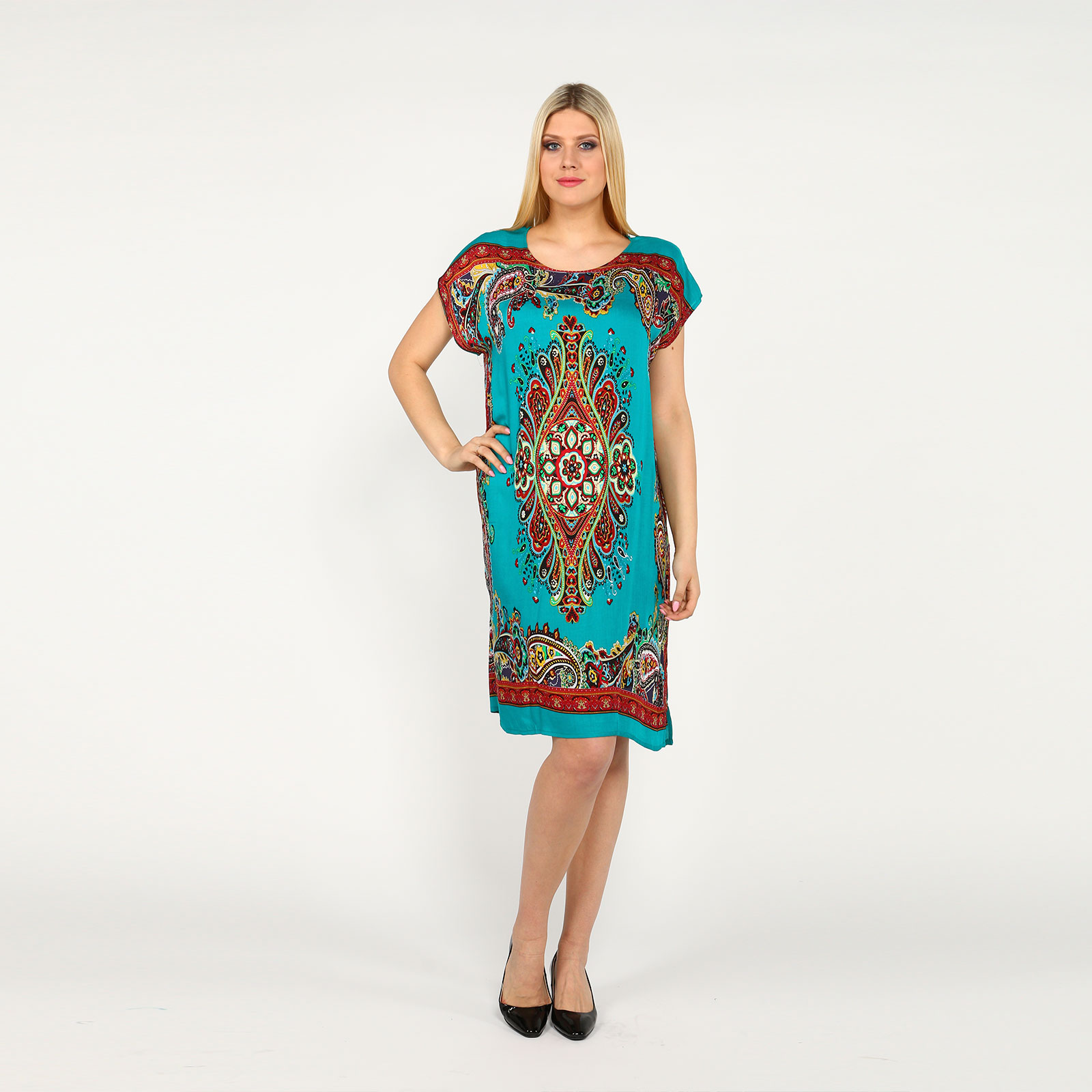 Платье-туника с разрезами