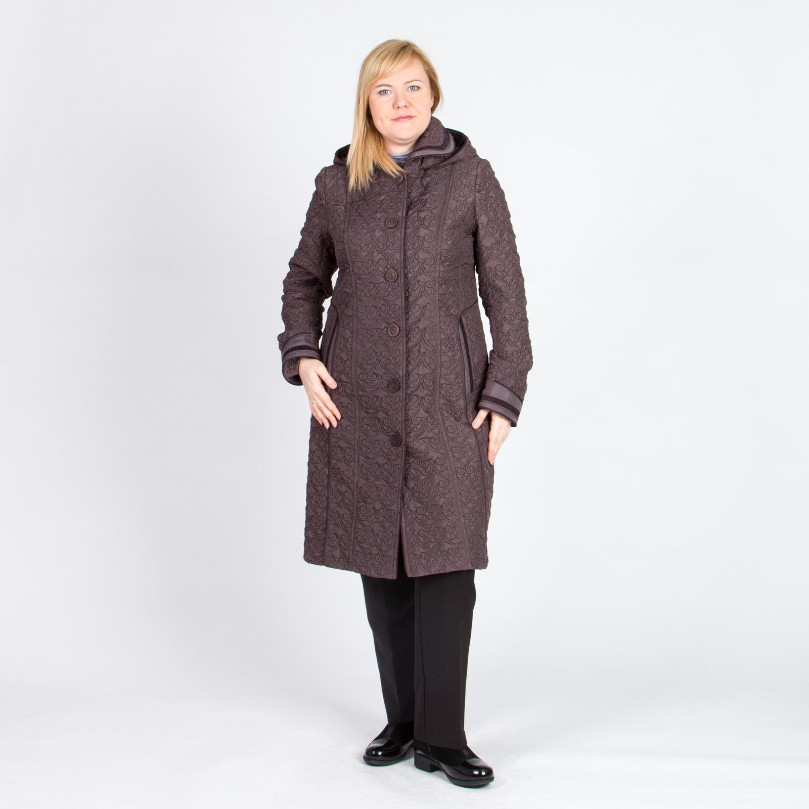 Пальто с отстегивающимся капюшоном на пуговицах