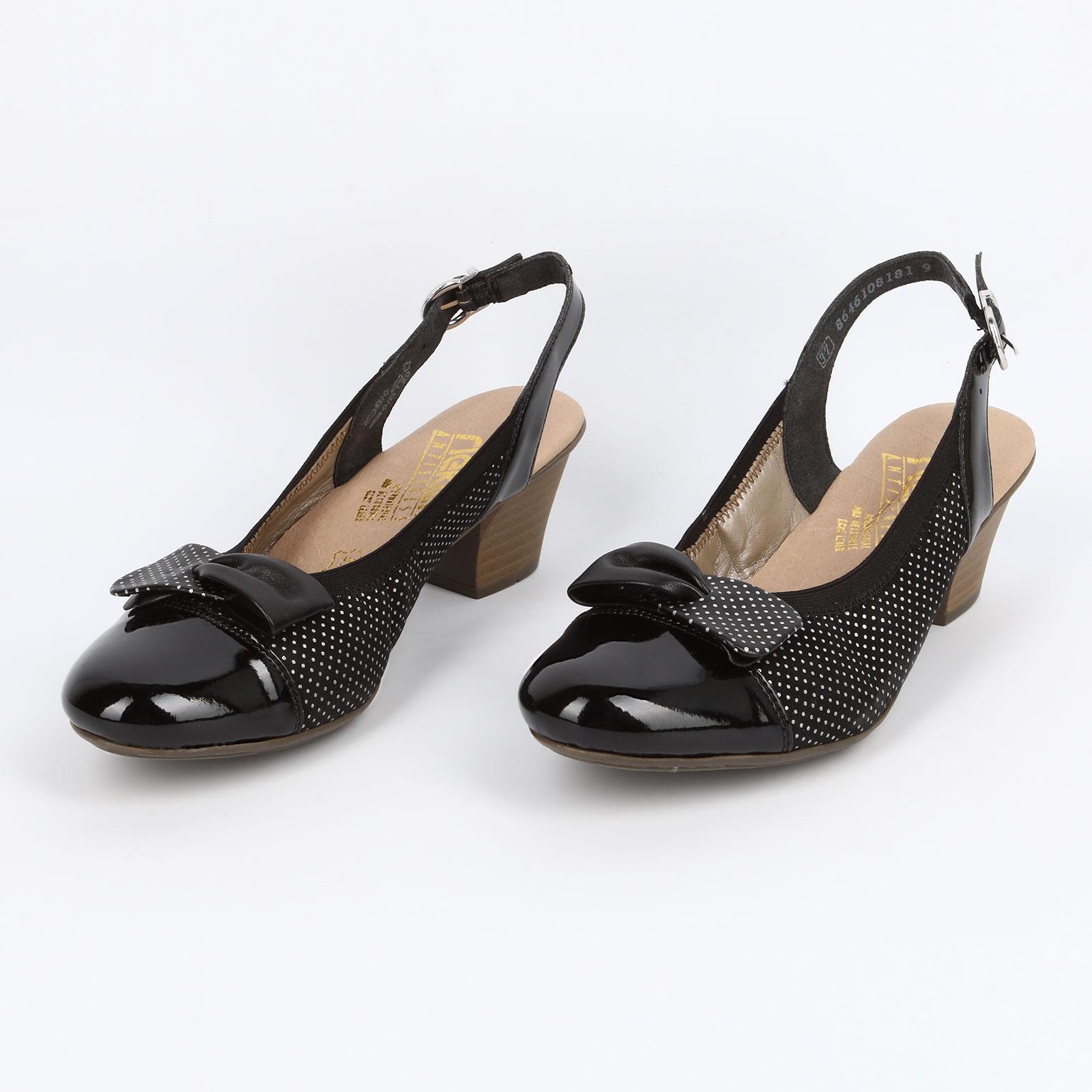 Женские туфли на наборном каблуке с бантом