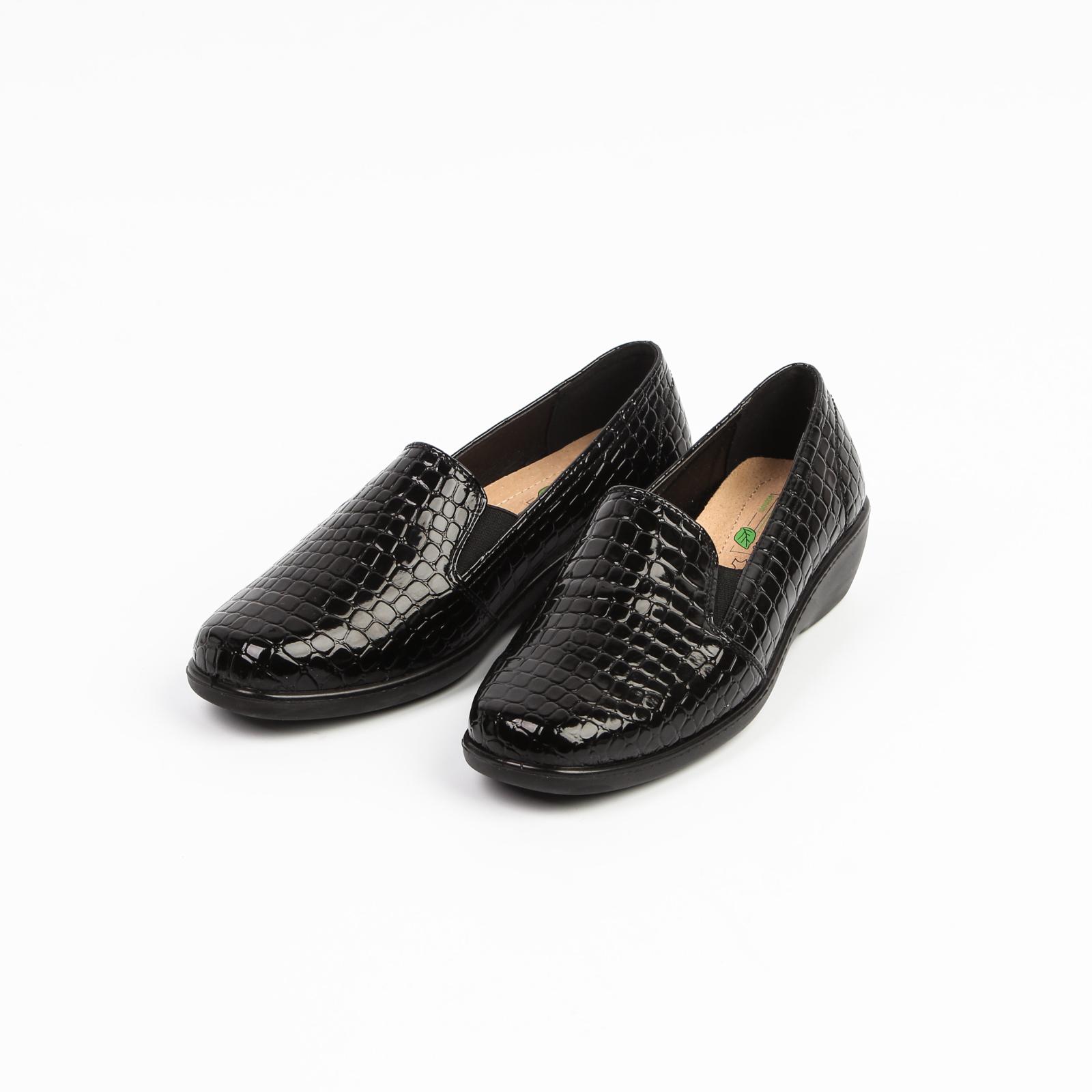 Туфли лакированные под рептилию со вставками