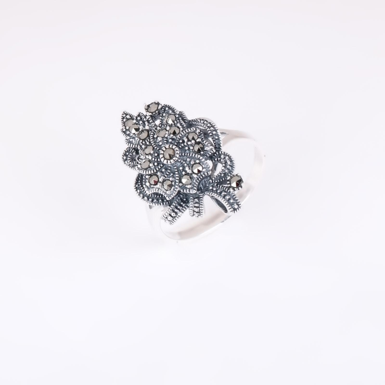 Серебряное кольцо «Авангард»