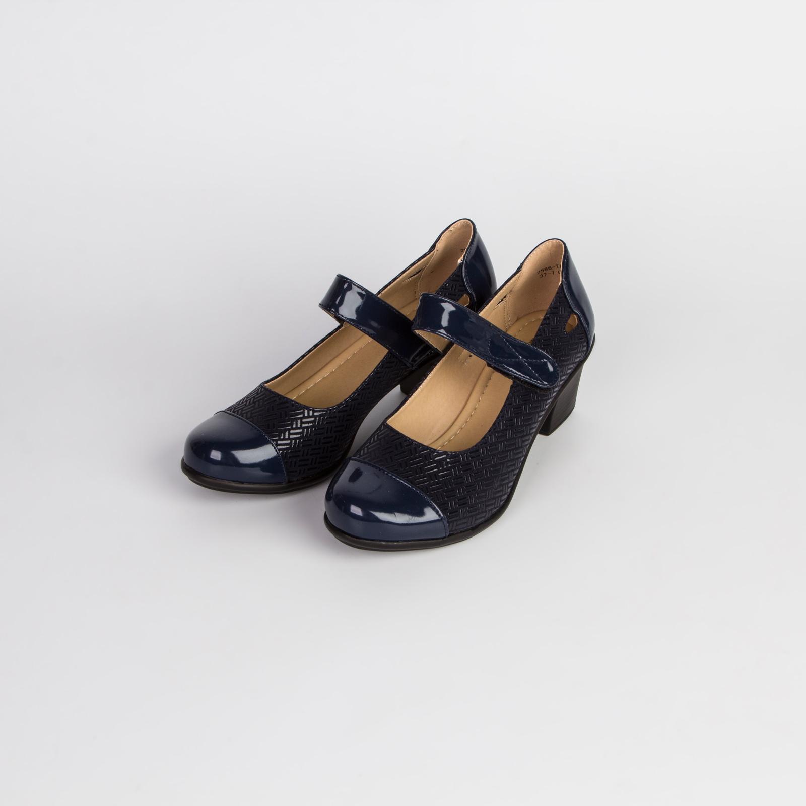 Туфли женские с лакированным мысом и ремешком