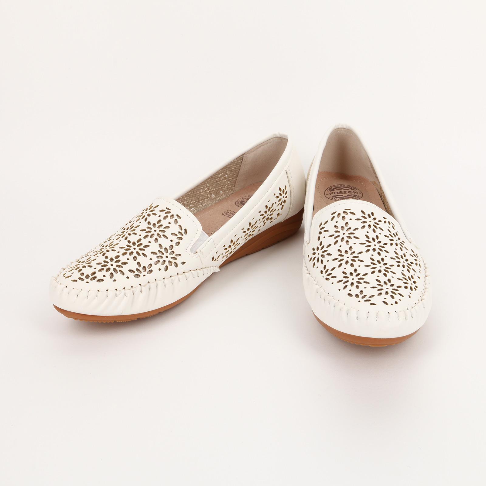 Туфли женские с мокасиновым швом