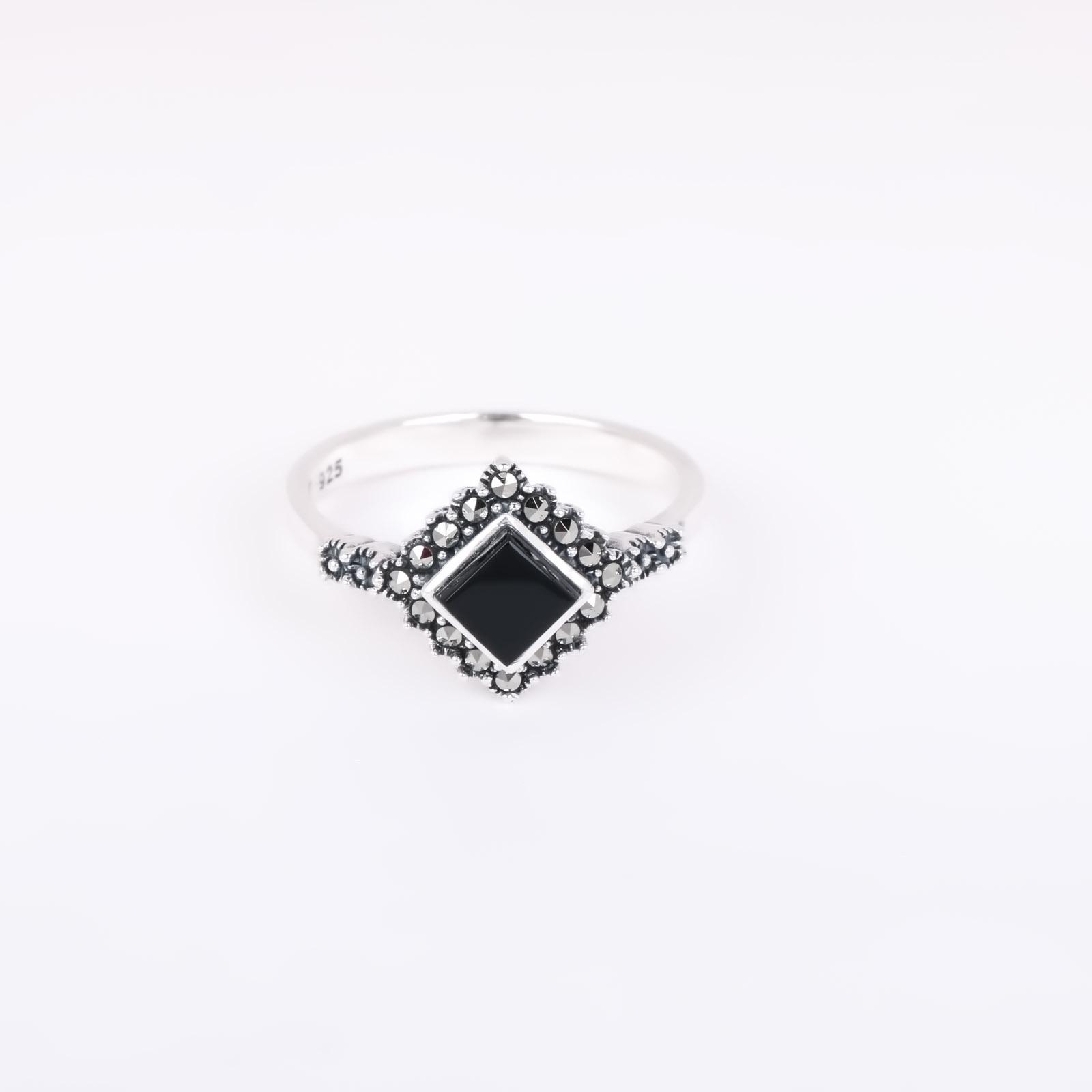 Серебряное кольцо «Куб»