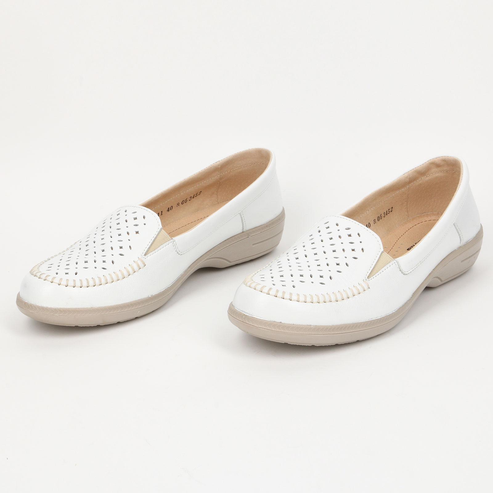 Туфли женские с дeкоративной перфорацией