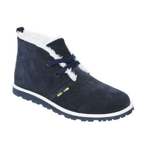 Замшевые ботинки на рельефной подошве